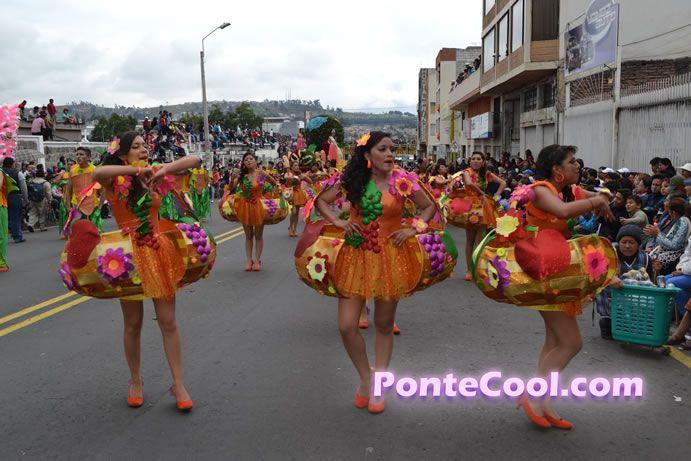Colegio bol var desfile de la fiesta de la fruta y de las for Colegio bolivar y freud